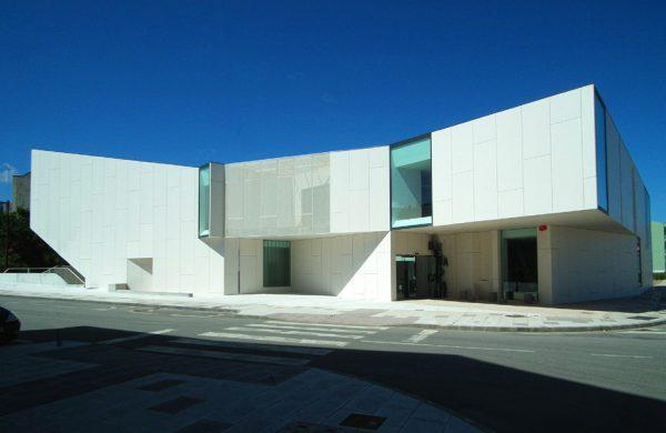 Biblioteca Carballo (A Coruña)